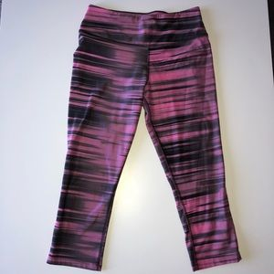 Nike dri-fit cropped leggings /spandex